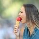 Blitzartiger Zahnschmerz ist die Folge von freiliegenden Zahnhälsen